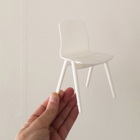 Model hole chair