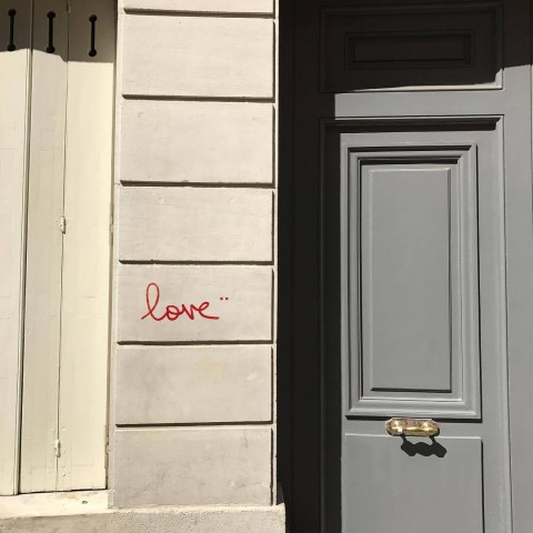 Love_on_a_wall